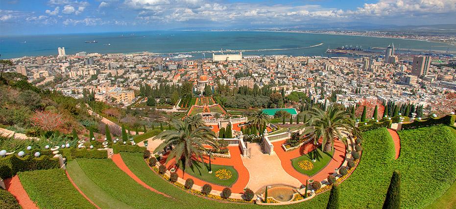 Jews and Arabs stand together – Rally in Haifa, Sun. Nov. 1