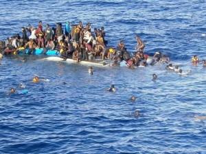 Nel Mediterraneo muoiono 20 migranti al giorno, nell'indifferenza generale