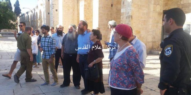 43 settlers enter Al-Aqsa mosque under police protection