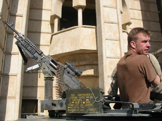 El Pentágono desconoce dónde están miles de armas enviadas a Iraq y Afganistán