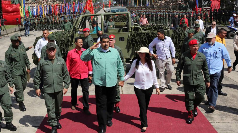 Maduro buscará en China y Rusia el armamento para modernizar su ejército