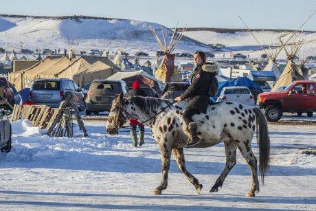 Standing Rock : le soutien sans failles des banques françaises à l'oléoduc imposé aux Sioux par l'administration Trump