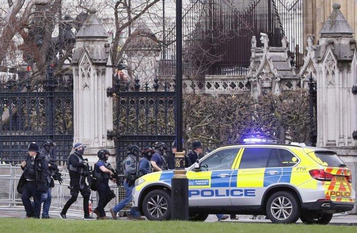 Londra cade, ma se non fosse terrorismo?