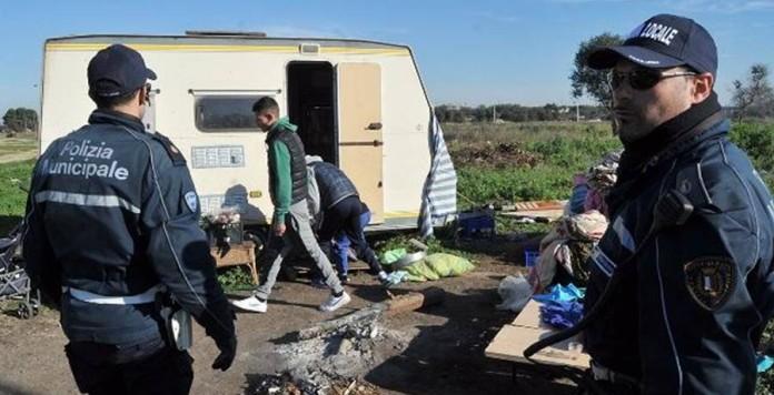 Prostituzione di bimbi rom a Bari: la Procura apre un'indagine