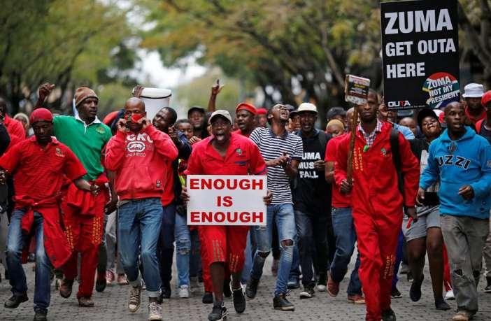 Sudafrica: Zuma deve cadere