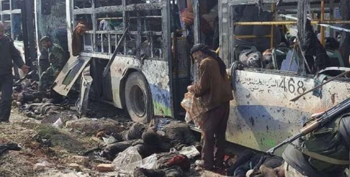 Siria, autobomba sui civili evacuati da Foua e Kafraya: decine di morti
