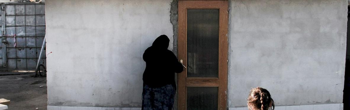Cientos de romaníes serán objeto de desalojo forzoso mientras se desvela la negativa de los líderes de la UE a sancionar a Italia
