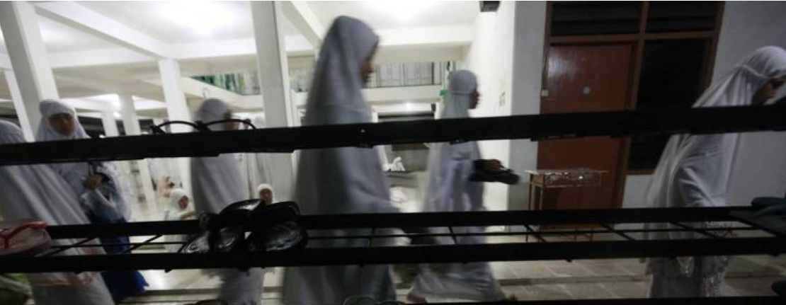 Female clerics declare fatwa on child marriage in Indonesia