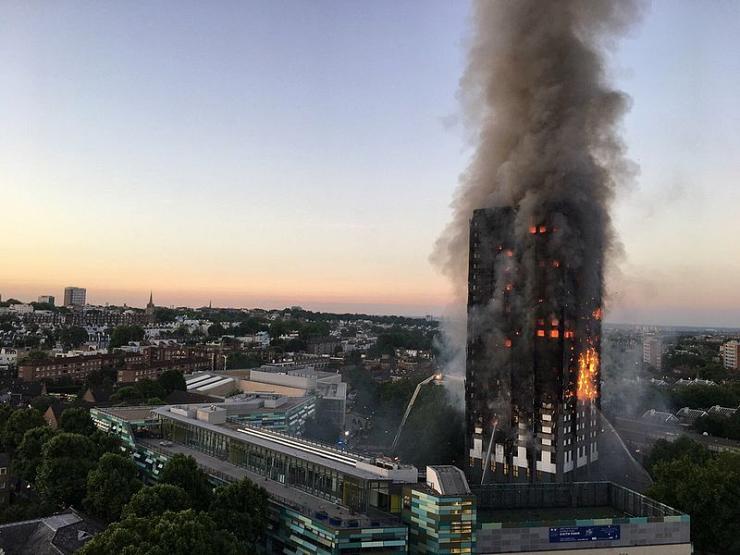 Incendie de la tour Grenfell à Londres : deux entreprises françaises impliquées