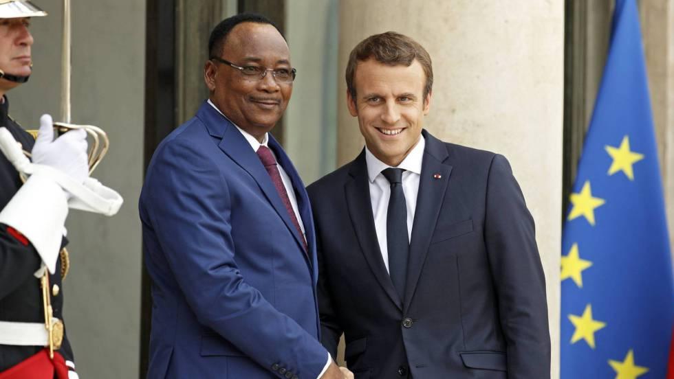 Macron pide que la identificación de refugiados empiece en Chad y Níger