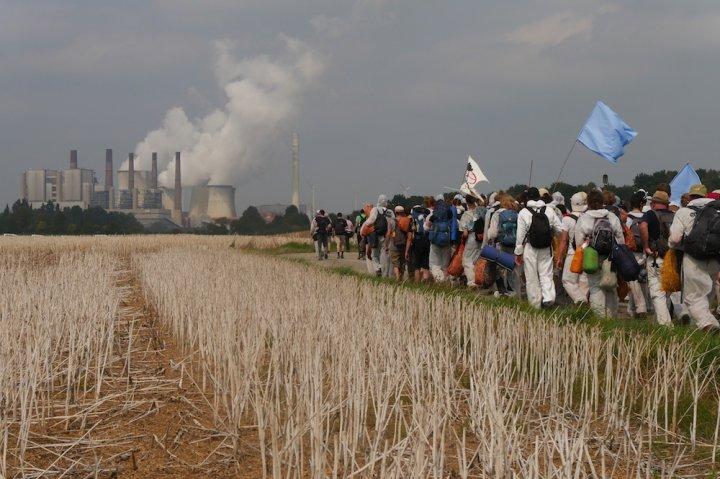 Des milliers de personnes ont manifesté en Allemagne contre le charbon