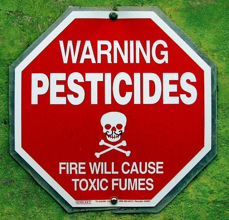 Sous la pression des lobbies, le gouvernement renonce à interdire le glyphosate
