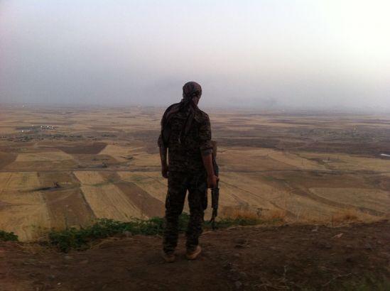 Rojava, la flor del desierto. Entrevista a Davide Grasso, combatiente YPG: guerra en Siria y revolución
