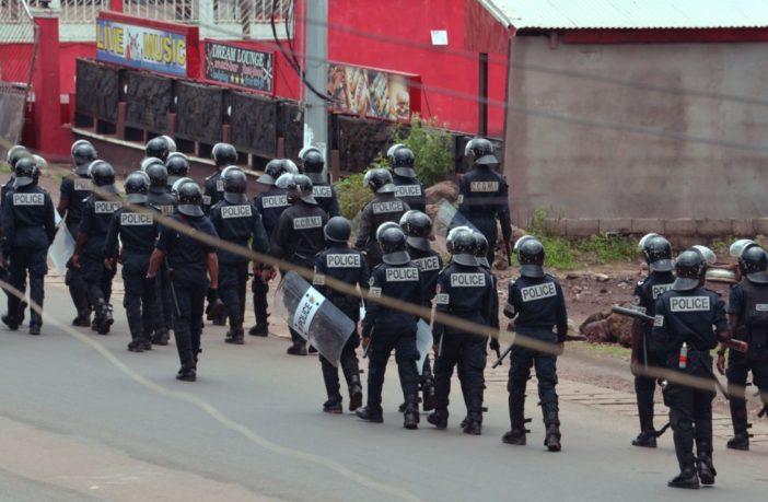 Camerun, i soldati bloccano le proteste dei separatisti