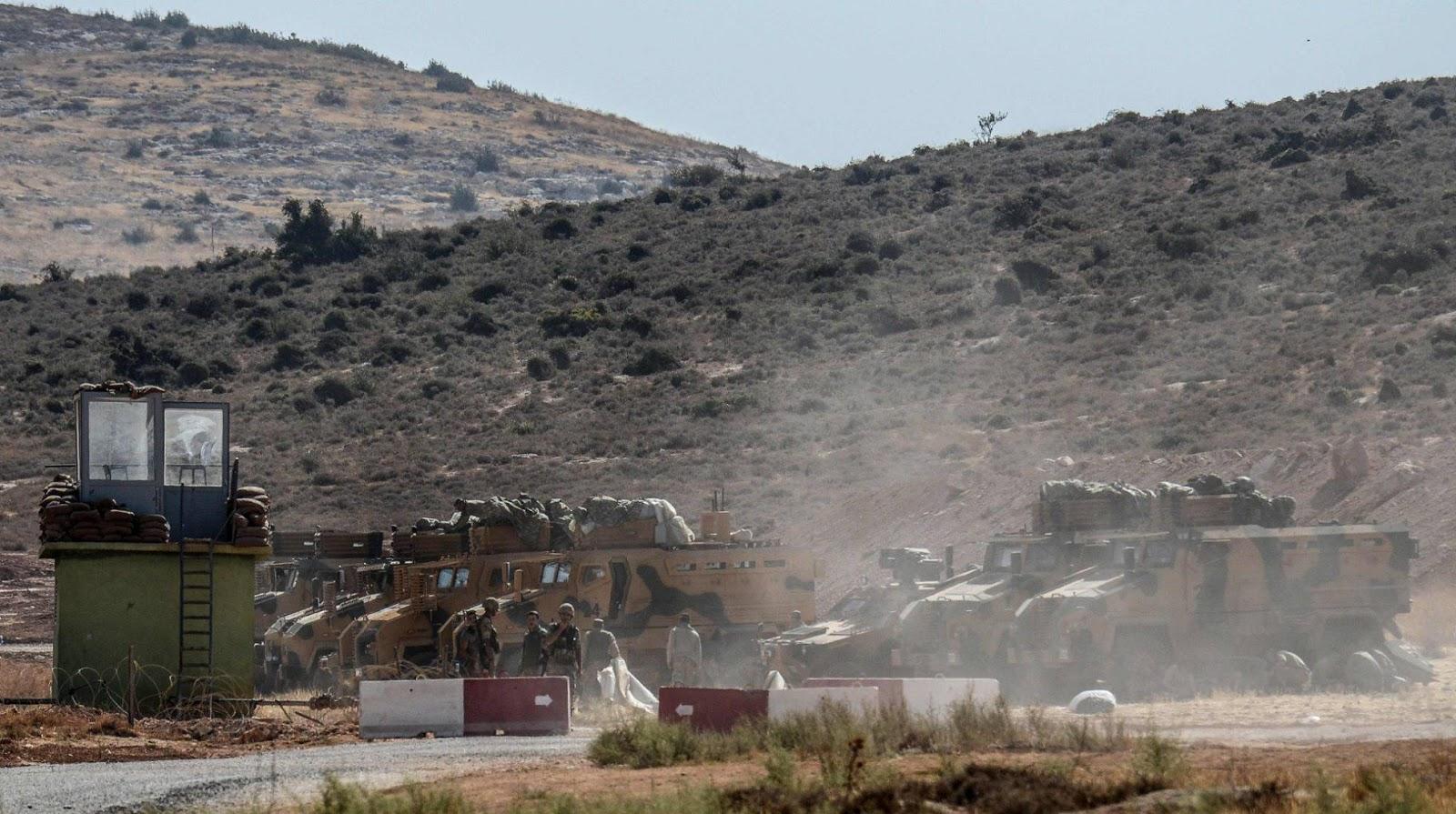 El Ejército turco y la exfilial de Al Qaeda se enfrentan en la frontera siria