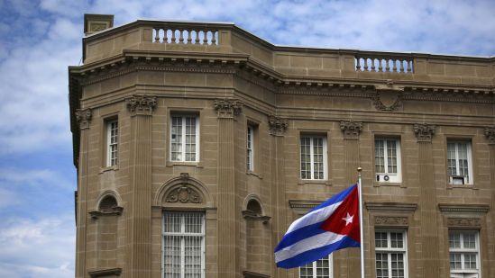 EU expulsa a 15 diplomáticos cubanos