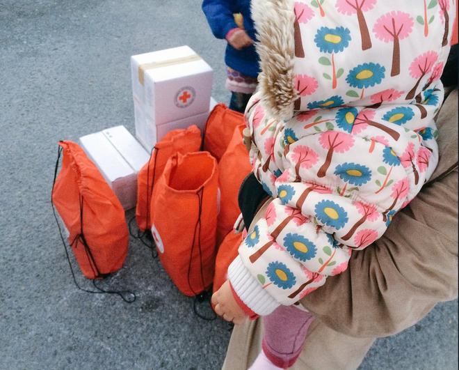 Uno de cada dos niños atendidos por Cruz Roja en Alicante pasa frío