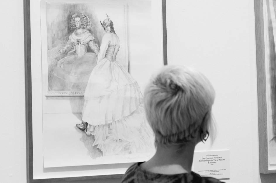 La pionera del arte feminista Margaret Harrison protagonista de una retrospectiva en Bilbao