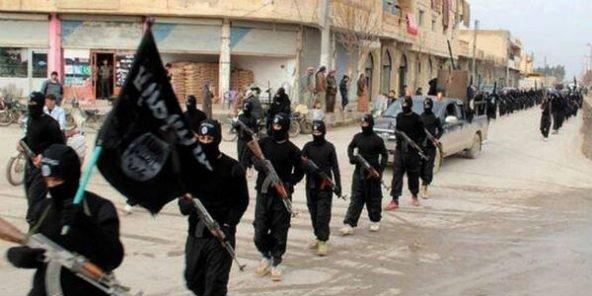 Terrorisme : 6 000 jihadistes de l'EI pourraient revenir en Afrique, selon l'UA