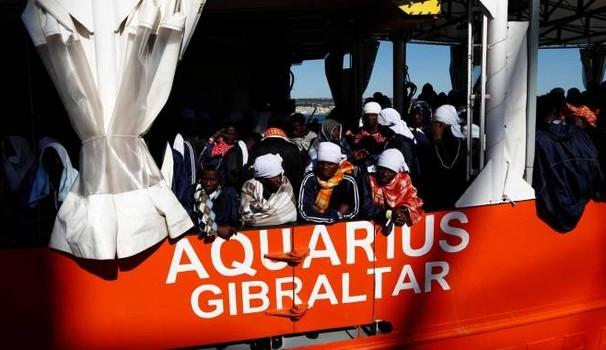 Migranti, in 370 salvati nel mar Mediterraneo