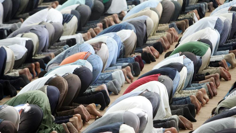 Svolta nell'Islam italiano: le donne musulmane possono guidare la preghiera