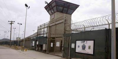 Onze détenus de Guantanamo portent plainte contre Donald Trump