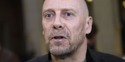 Cinq mois ferme requis contre Alain Soral pour la diffusion d'un montage jugé antisémite
