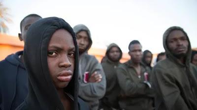 En Libye, des migrants sont torturés et filmés pour faire payer les familles