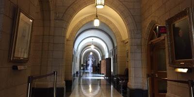 Une cellule secrète au bureau de Trudeau enquête sur le harcèlement