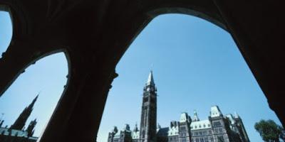 Mon « entretien d'embauche » révèle des problèmes de sexisme dans la culture de la colline du Parlement