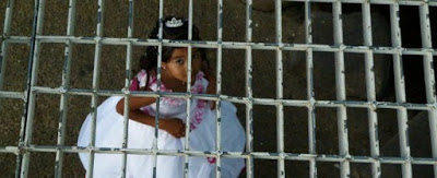 San Valentino: mentre le coppie innamorate festeggiano, milioni di spose bambine chiedono libertà