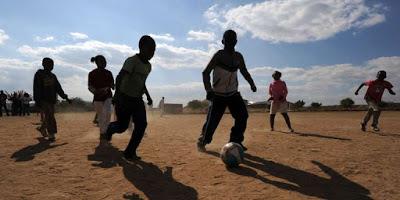 En Afrique, quand le rêve de football aboutit à «la traite d'êtres humains»