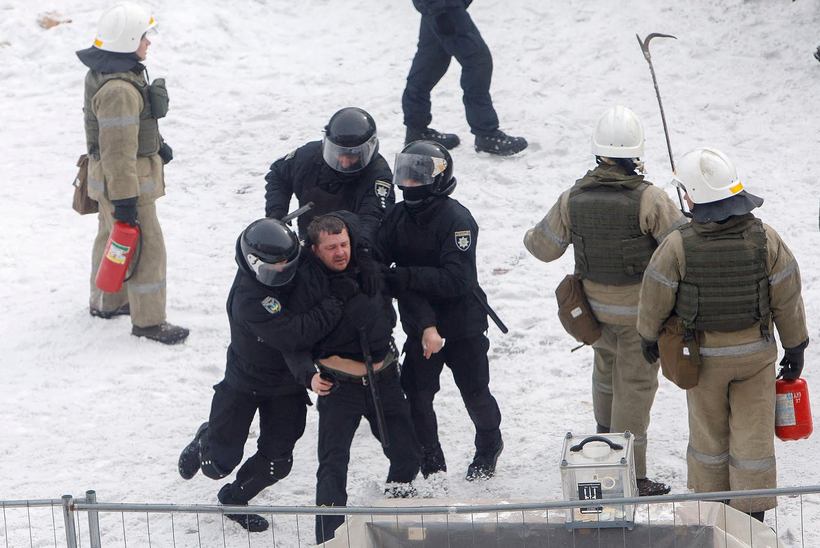 The Committee to Protect Journalists criticises Ukraine for use of force against the media