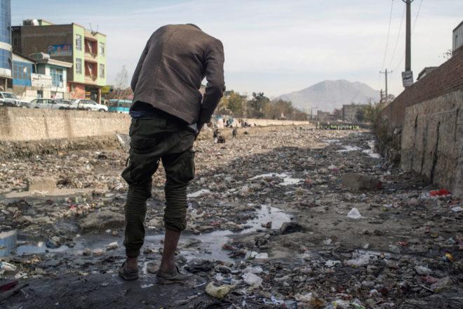 Esclavos de la heroína en Afganistán
