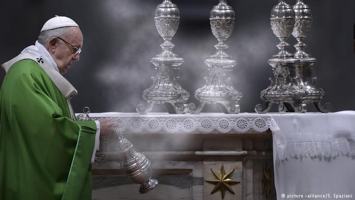"""El Papa reconoce que """"a veces, es mejor la separación que la guerra"""""""