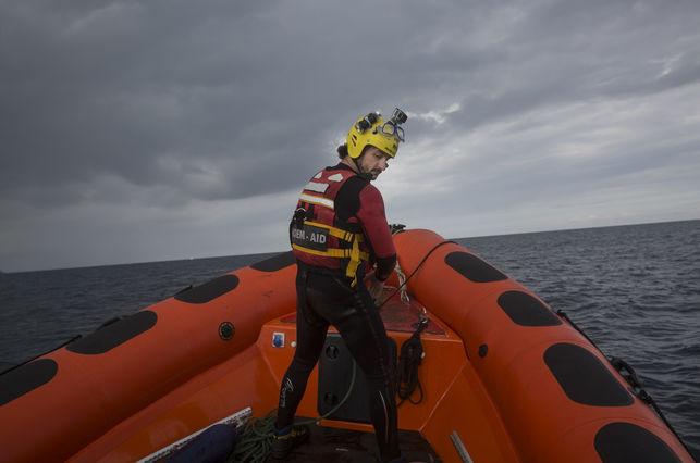 """Las ONG seguirán en el Mediterráneo tras el pulso de Italia: """"Ante esta locura, lo que no podemos es permitir más muertes"""""""
