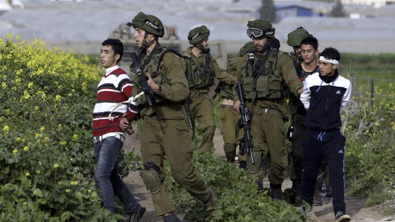 Israel freezes funds for Palestinian prisoners' families
