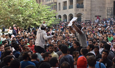 «L'accademia libera fa paura: toglie al regime il monopolio dell'informazione»