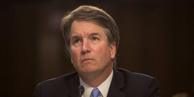 La femme qui accuse d'agression sexuelle le candidat de Trump à la Cour Suprême témoigne publiquement