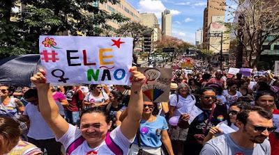 Mujeres de Brasil y el mundo salen a las calles contra Bolsonaro
