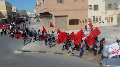 Bahrain, giovani contro il re stanchi dell'opposizione moderata
