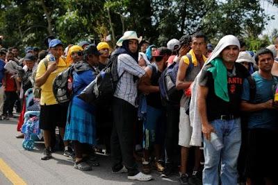 México dará protección a migrantes que piden asilo en EE.UU.