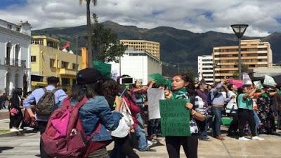 Ecuador avanza hacia la despenalización del aborto