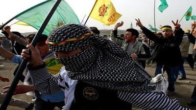Kurdos desconfían de EE.UU. y avanzan en diálogo con Siria