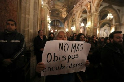 Investigan 148 casos de abuso sexual por sacerdotes en Chile