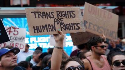 Corte de EE.UU. apoya veto de Trump contra soldados transgénero