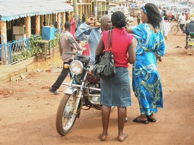 Meglio prostitute che affamate. Report dall'Africa subsahariana
