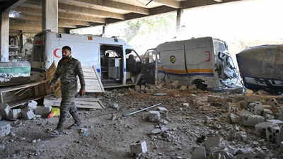 Syrian air strikes kill civilians in besieged Idlib