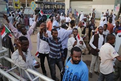 Al menos 5 muertos en Sudán ante disparos del Ejército contra manifestantes