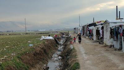 LIBANO. Demolizione strutture profughi siriani, 15mila bambini senza un tetto